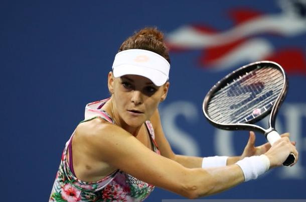 Photo: Clive Brunskill/Getty Images- Radwanska's backhand drop shot.