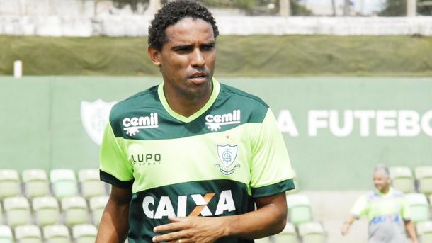 Rodado, Rafael ao lado de Messias, foi destaque no time do Coelho (Foto: Panda Mourão/América-MG)
