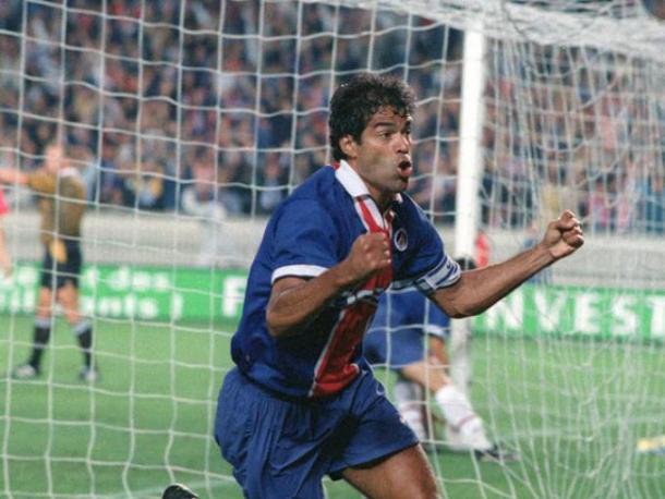 Raí marcou época e é considerado um dos maiores ídolos do PSG (Foto: Divulgação)