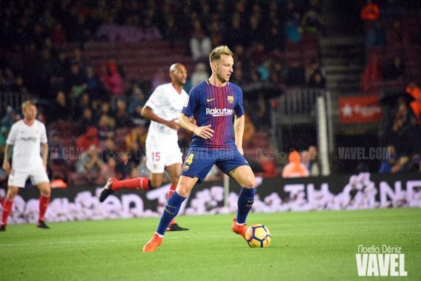 El croata en acción durante el FC Barcelona 2-1 Sevilla FC / Foto: Noelia Déniz (VAVEL.com)
