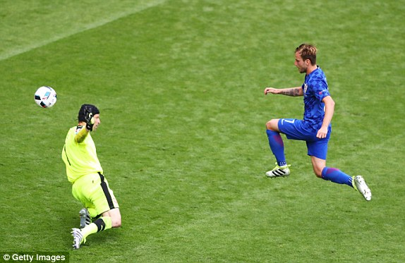 Rakitic showed his class with the second goal (photo; Getty Images)