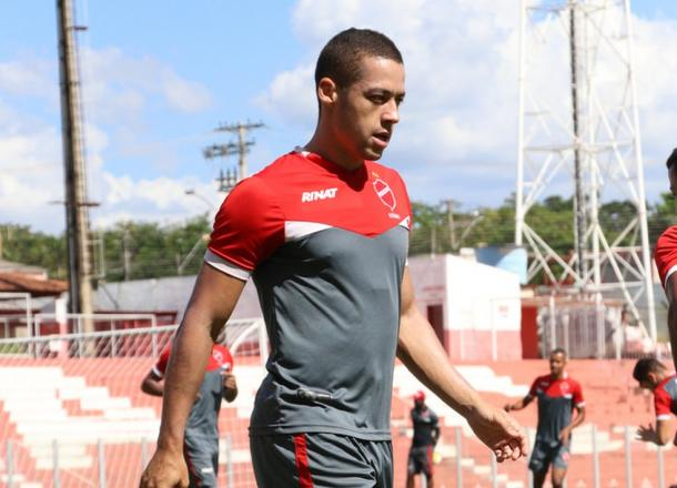 Atacante Ramon volta a ser opção no Tigre após cumprir suspensão no meio de semana