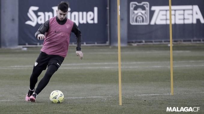 Ramón entrenando en solitario en el Anexo. / Foto: Málaga CF
