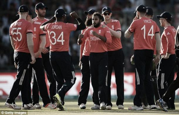 England celebrate a wicket against Afghanistan (photo: Getty Images)