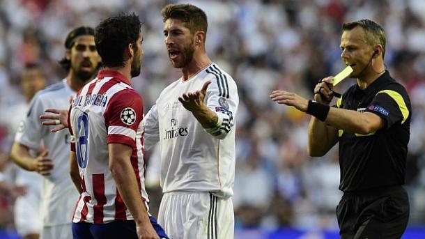 Raúl García demostrando su carácter ante Sergio Ramos en la final de la Champions 2014   Foto: Sergio Ramos