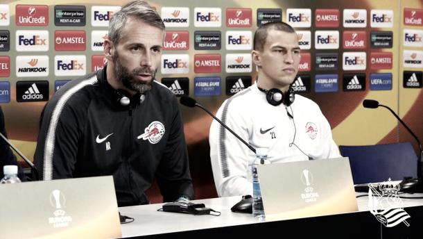 Marco Rose y Stefan Lainer en rueda de prensa. Foto:Real Sociedad
