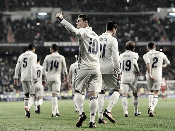 James Rodríguez celebrando uno de sus dos goles ante el Sevilla | Foto: Página web Real Madrid