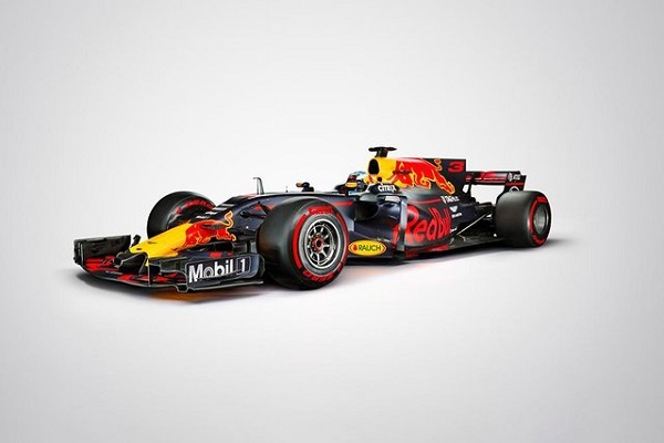 Imagen del RB13, monoplaza de Red Bull en 2017. Fuente: redbullracing.com