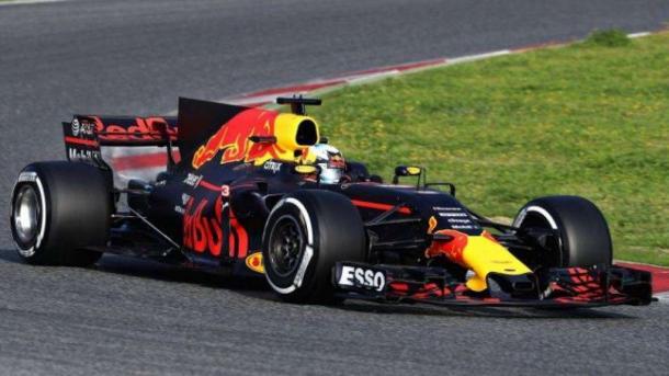 La Red Bull durante i test | fonte: Derapate.allaguida