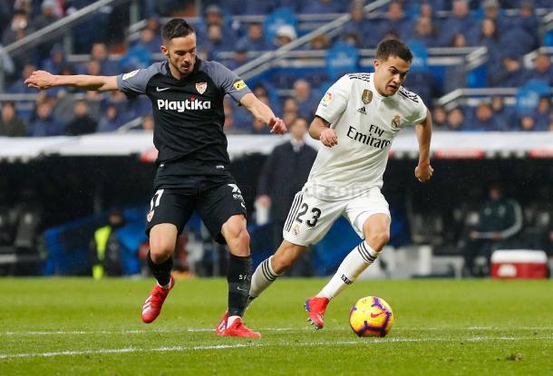 Reguilón con su par, Sarabia, conduciendo una salida blanca I Foto: Real Madrid