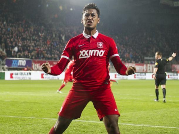 Renato, por fin pudo cumplir su sueño. Foto: Twente