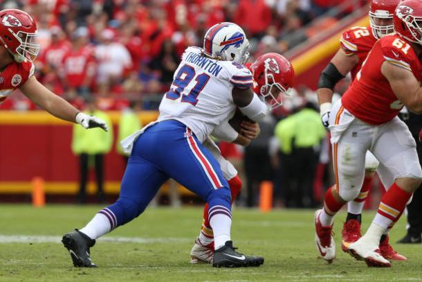 Uma das derrotas foi contra o Bills, em casa | Foto: Icon Sportswire/Getty Images