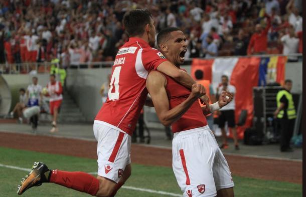 Rivaldinho comemorou bastante seu gol | Foto: Divulgação/FC Dinamo