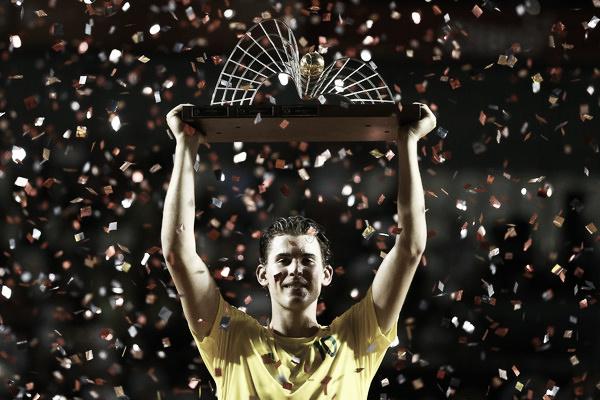 Dominic Thiem con el título del Rio Open