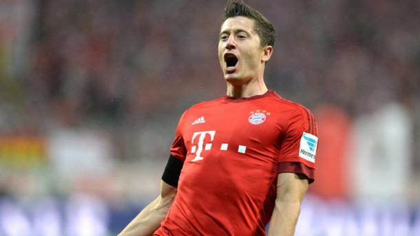 Lewandowski celebrates. | Image source: Sky Sports