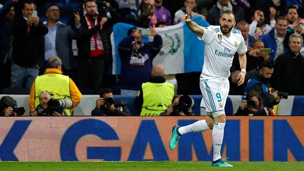 Benzema comemora o seu segundo gol na partida (TF-Images/Getty Images)