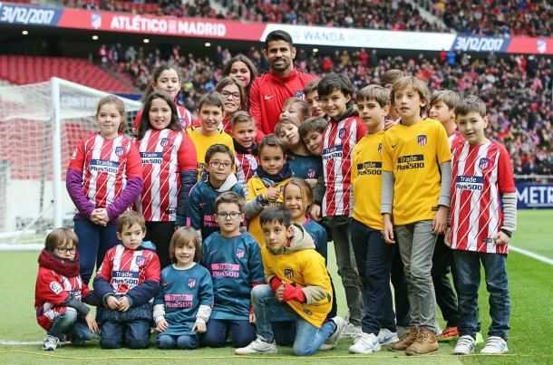 Cerca de 25 mil pessoas prestigiaram a apresentação de Diego Costa | Foto: Divulgação/Atlético de Madrids