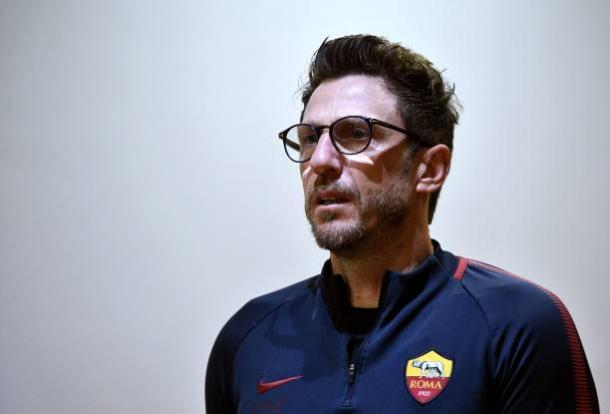 Di Francesco transmite confiança aos jogadores e torcedores (Foto: FILIPPO MONTEFORTE/AFP/Getty Images)
