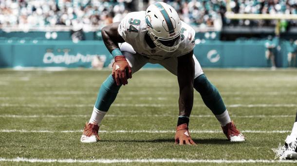El DE Robert Quinn fue canjeado de los Miami Dolphins hacia los Dallas Cowboys (foto Dolphins.com)
