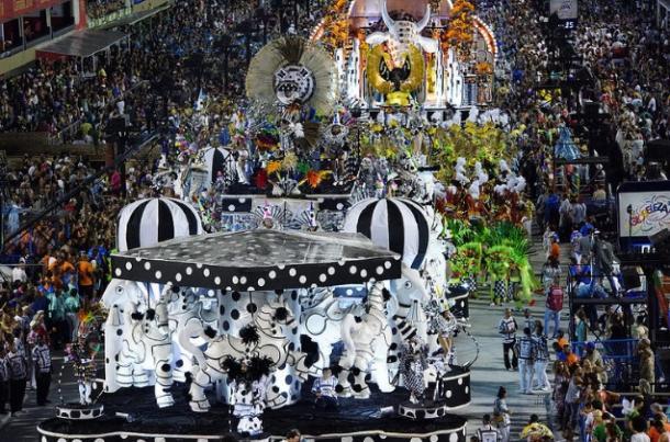 Rocinha teve desfile irregular / Créditos:  Fernando Grilli | Riotur