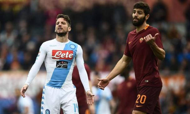 Dries Mertens e Federico Fazio, in una fase di gioco - Foto CalcioMercato.com