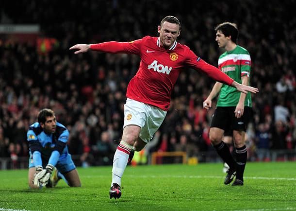 Rooney celebra el gol que le daba ventaja a los red devils / uefa
