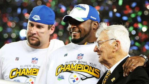 Rooney with Ben Roethlisberger and Mike Tomlin after the Steelers won Super Bowl XLIII | Source: Timothy Clary-Getty Images
