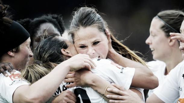 Rosengård celebrates Marta's winner. Photo: svenskfotboll.se/damallsvenskan/