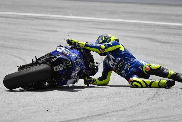 Caída de Rossi en el GP de Malasia 2018. | Fuente: MotoGP