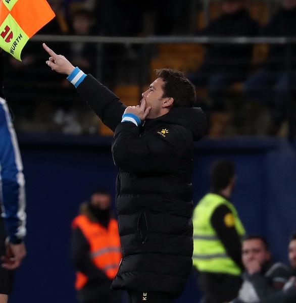 Rubi da indicaciones a sus jugadores. Foto: Web RCD Espanyol.