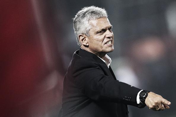 Reinaldo Rueda deve poupar grande parte da equipe titular do Flameno (Foto: Buda Mendes/Getty Images)