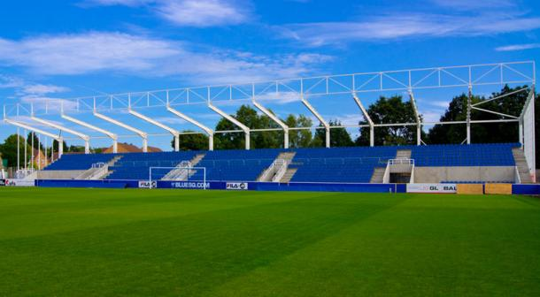 Reading say goodbye to Farnborough FC with this move, the venue of their promotion to WSL 1. (Photo: Farnborough FC)