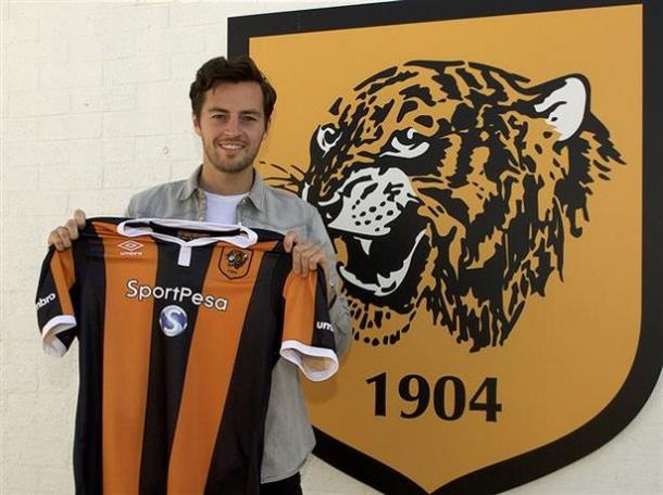 Hull smashed their transfer record to bring in Ryan Mason (photo : The Mirror)