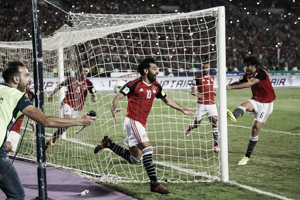 A euforia após o gol de Salah para a classificação do Egito para Copa após 28 anos. Foto: Islam Safwat/Getty Images