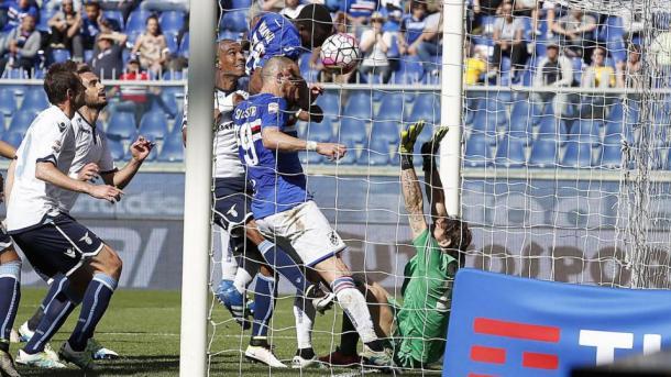 Il rocambolesco gol di Diakitè, risolutore nel match vinto dalla Samp nella passata stagione. Fonte foto: Lapresse.it