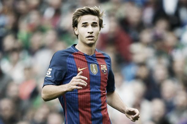 Sergi Samper con el FC Barcelona // Fuente: barcelonamadrid.com