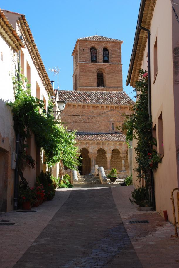 Las bellas calles de San Esteban de Gormaz aun guardan secretos como la historia de Fernan Antolinez (Fotografía del autor)