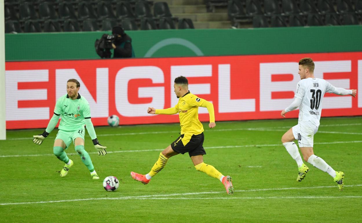 Así marcó Sancho el único gol del partido / FOTO: @DFBPokal_EN