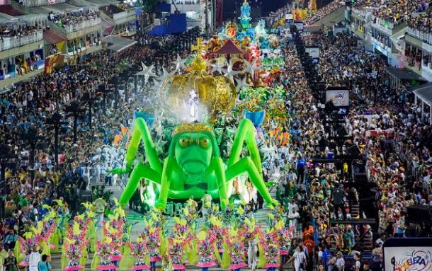 Santa Cruz teve desfile com muitos problemas / Créditos: Fernando Grilli | Riotur