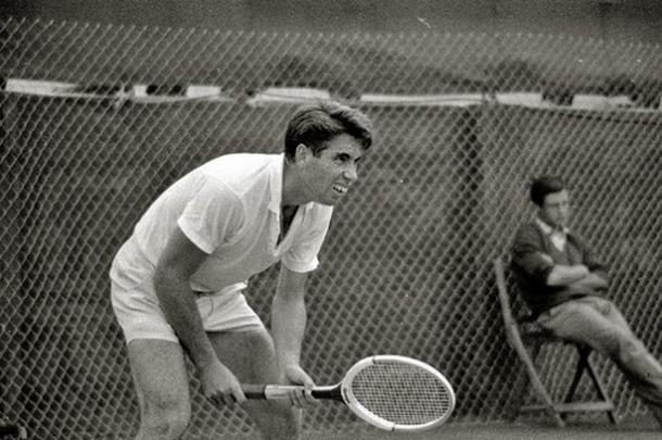 Manolo Santana en 1968. Foto: todo-olimpico.com