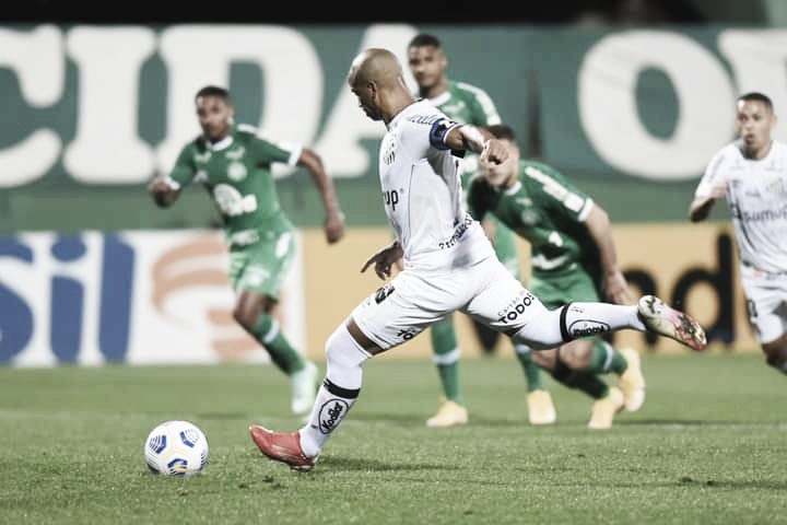 Peixe vem de vitória em Chapecó pelo Brasileirão (Foto: Ivan Storti/Santos FC)