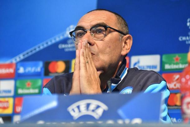 Sarri in conferenza stampa - Foto Ssc Napoli Twitter