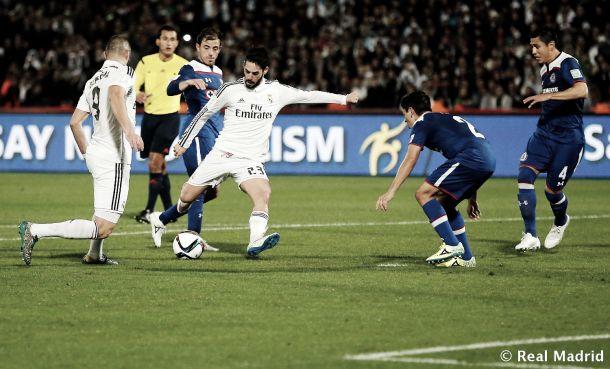 Isco chutando a portería en las semifinales del Mundial de Clubes 2014 | Foto: Real Madrid