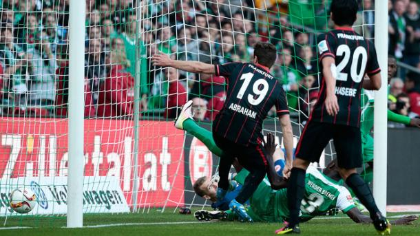 Papy Djilobodji with the goal that secured Bremen's Bundesliga status. | Photo: Sport1