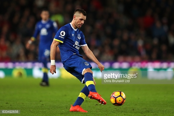 Morgan Scheiderlin was awarded his first start for Everton against Stoke | Credit: Getty Images / Chris Brunskill