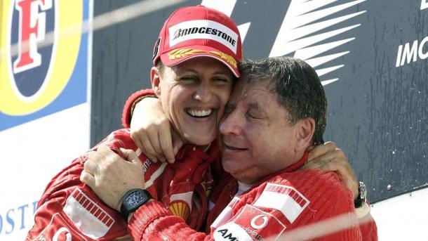 Schumacher e Jean Todt, o então chefe de equipe (Foto: Reprodução / F1)