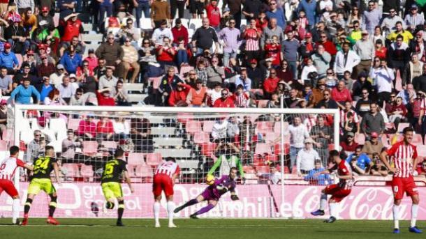 Álvaro Giménez anotando el penalti frente al Mallorca | Fuente: La Liga