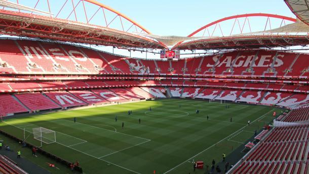 O Estádio da Luz vai estar completamente cheio (Foto: serbenfiquista.com)