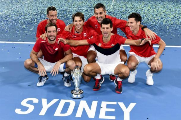 Serbia, cempeón en 2010, no es el dueño actual de la Copa Davis, pero sí es el campeón de un torneo novedoso por países que puede hacer temblar los cimientos de la Copa Davis: la ATP Cup. Imagen: AFP