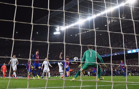 Gol histórico garantiu o Barça nas quartas (Foto: Getty Images)